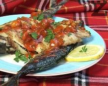 Риба на скара със сладко-кисел сос