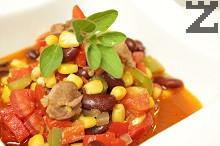 Боб с царевица и месо /Чили кон карне/
