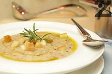 Баварска хлебна супа