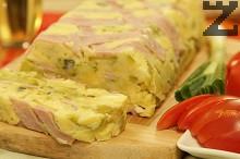 Тиквички на фурна със сирене и шунка