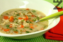 Пилешка супа с киноа