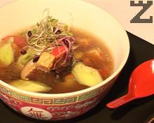 Супа с тофу, праз лук и ароматни гъби