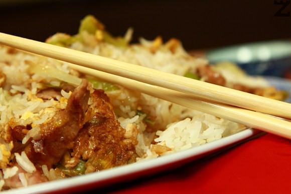 Свинско с ориз и праз по китайски