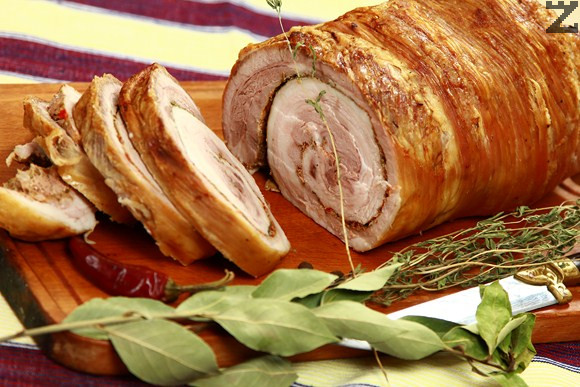Свинско печено руло