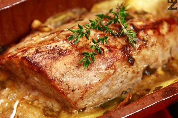 Свинска рибица на керемида
