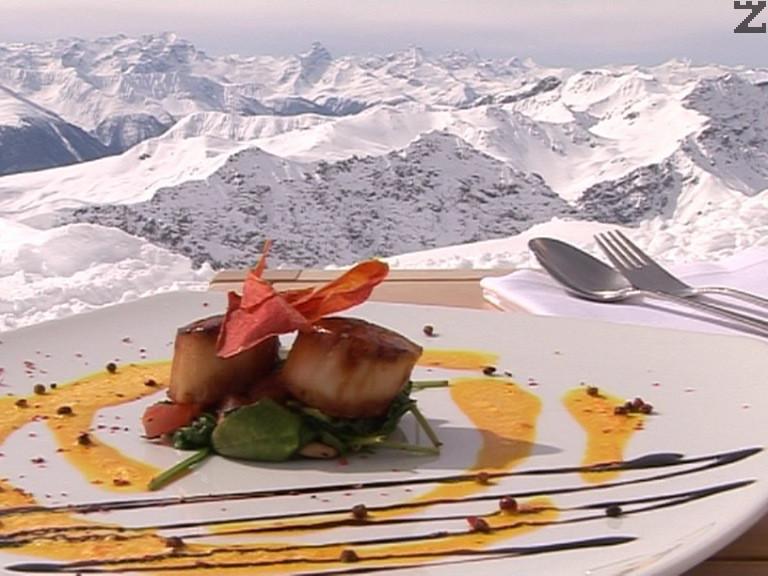 Миди Сен Жак със спанак и сос от шафран