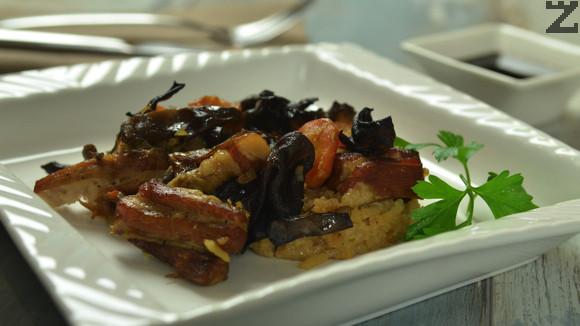 Свински гърди с ориз и соев сос