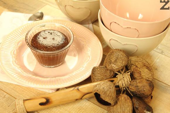 Шоколадово кексче с лешници