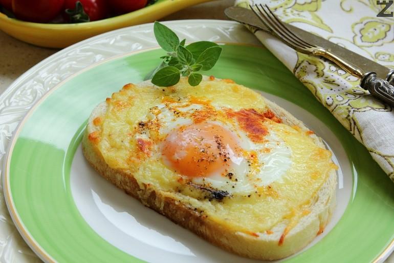 Яйца по швейцарски