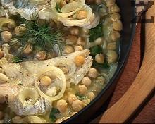 Солена риба с нахут и каперси