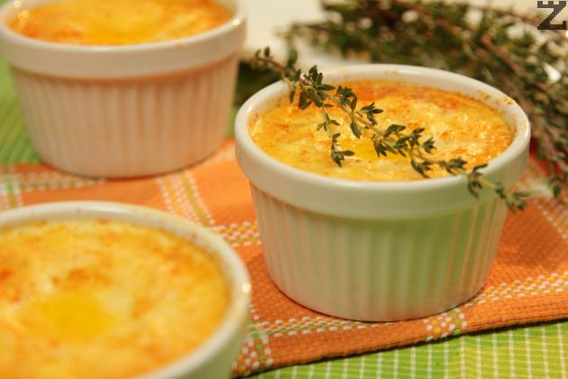 Яйца със сирене на фурна
