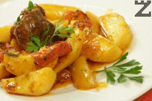 Свинско с картофи