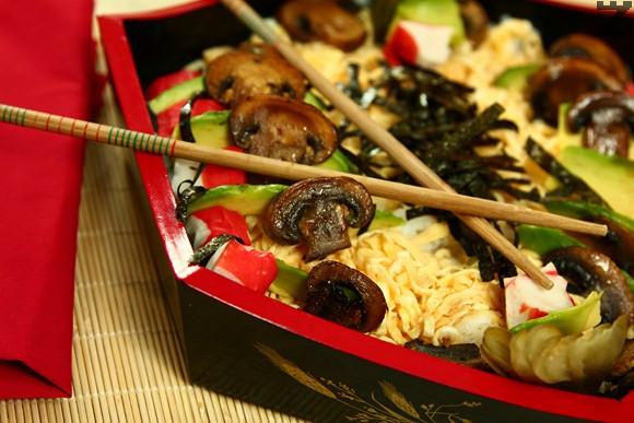 Чираши суши /Разхвърляно суши/