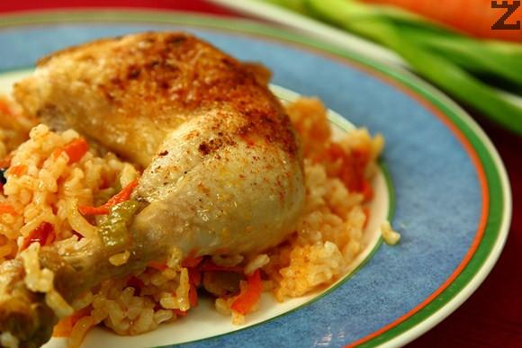 Пиле с ориз и домати по тракийски