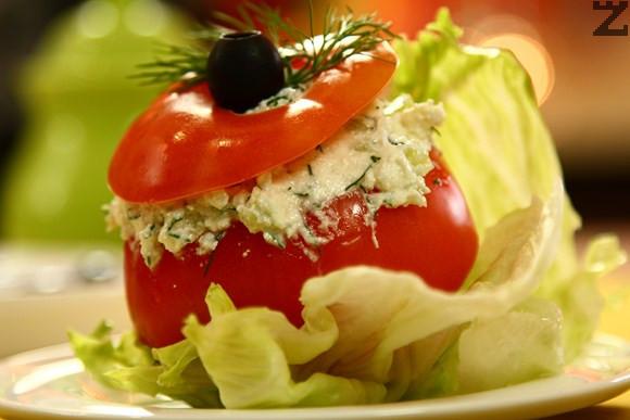 Пиринска топеница в домат