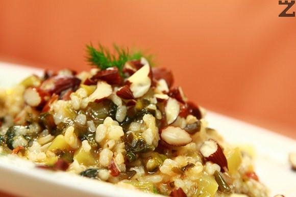 Спанак с ориз и зеленчуци