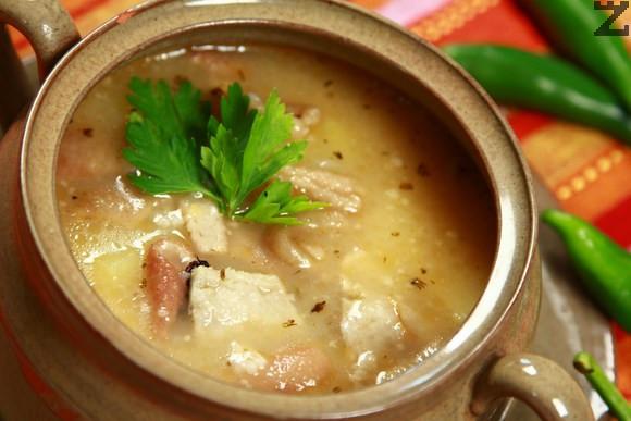 Супа от свинска кожа