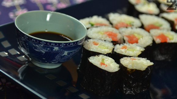 Суши - Хосомаки със сьомга