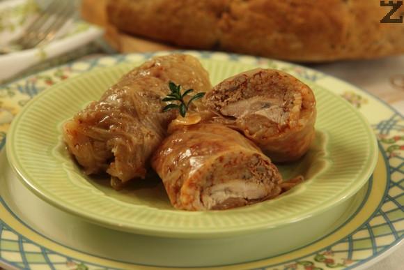 Чорбаджийски сарми с пилешко