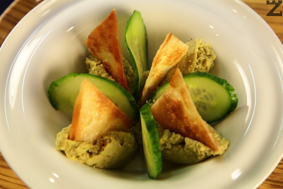 Хумус с гуакамоле