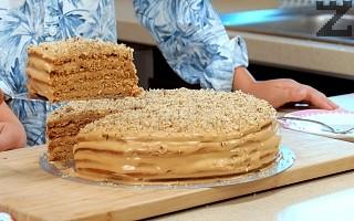 Торта Медовик с млечен карамел