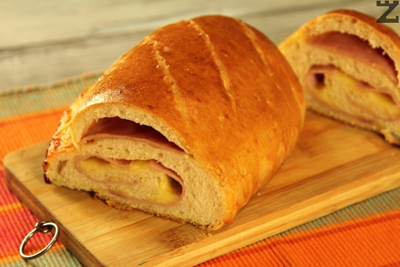Хляб-руло с шунка