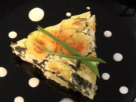 Мусака от картофи със спанак и сирене