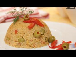 Постен кус-кус с домати и зелени маслини