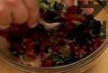 Добавяме босилека и наситнения магданоз. Сервираме рибата в топла чиния.