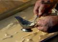 Печем на умерена фурна на 180-200 градуса за 30-35 мин. Изваждаме от фурната и изчакваме 10-15 мин. преди да сервираме.