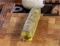 Покриваме терина с желето и оформяме хапки, които поставяме в подходяща чиния.