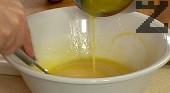 Разтопяваме маслото, прибавяме го към тестото. Оставяме сместа да втаса за 30-60 мин.