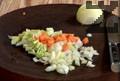 Нарязваме лук, морков, целина и праз.