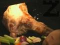 Кокълът се измива и се поставя в тава, заедно с едро нарязаните лук и моркови. Пече се около 60 мин. на силна фурна около 190С, след което се изважда и се поставя в дълбока тенджера. Залива се с вода, вари се 3-4 часа, заедно с останалите зеленчуци и подправки.