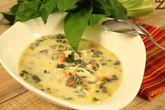 Тенджерата с готова супа се маха от котлона. Към нея се налива застройката при непрекъснато разбъркване. Готовата супа не се затваря с капак докато изстине, в противен случай ще се пресече.