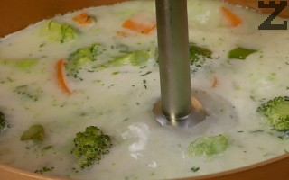 Супата се пасира добре.